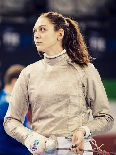 Manon Brunet dort sur matelas et literie Vaudou Sport